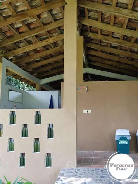 Baños y Vestidores Campamento Río Pescados Jalcomulco Veracruz
