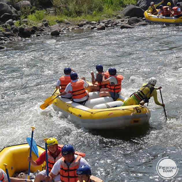 Rápidos Del Río Pescados Jalcomulco Veracruz