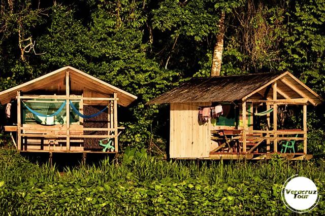 Hospedaje y Alojamiento en la reserva ecológica Nanciyaga, Veracruz